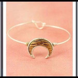 New! Silver and Animal Horn Bracelet